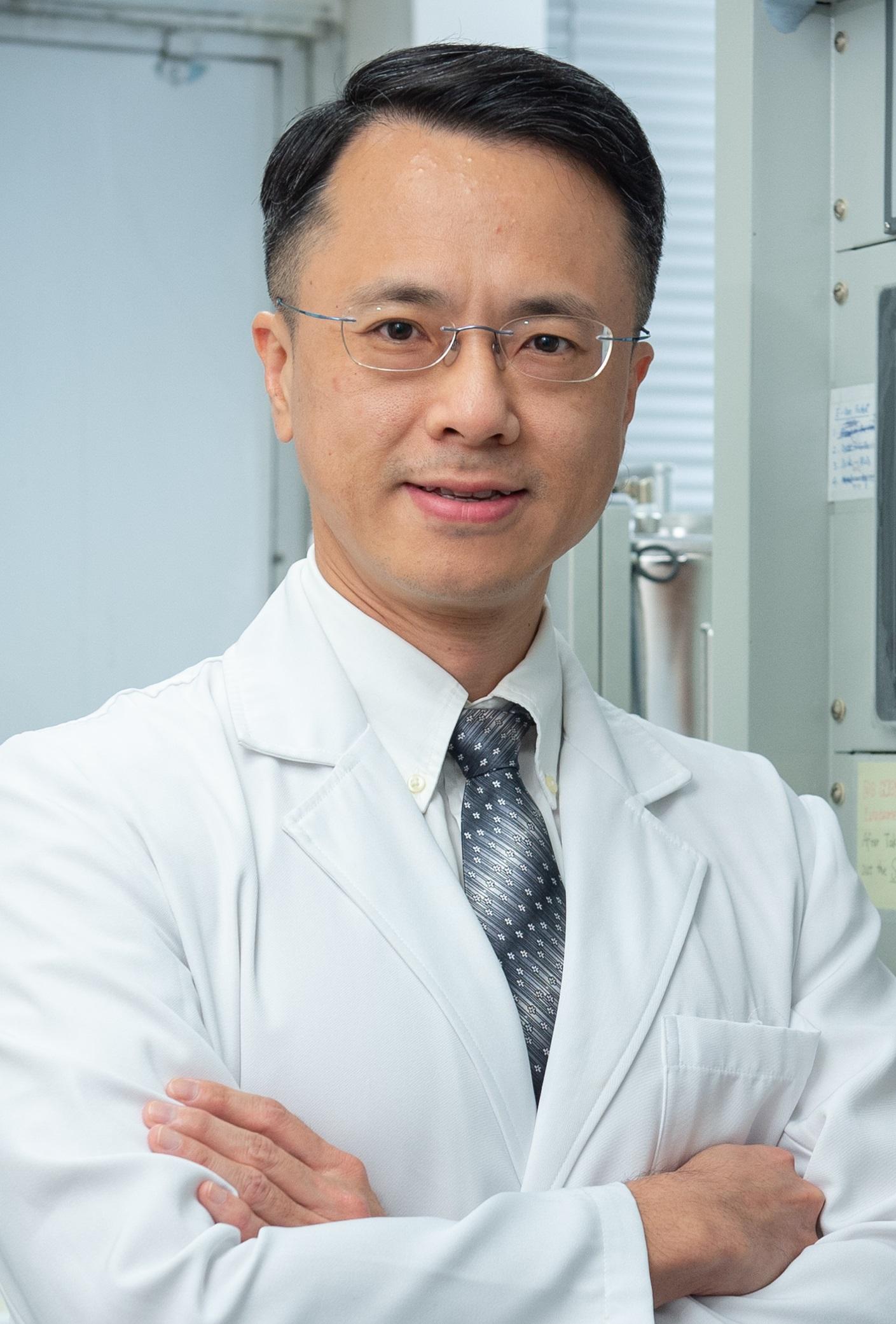 Zhifeng Huang