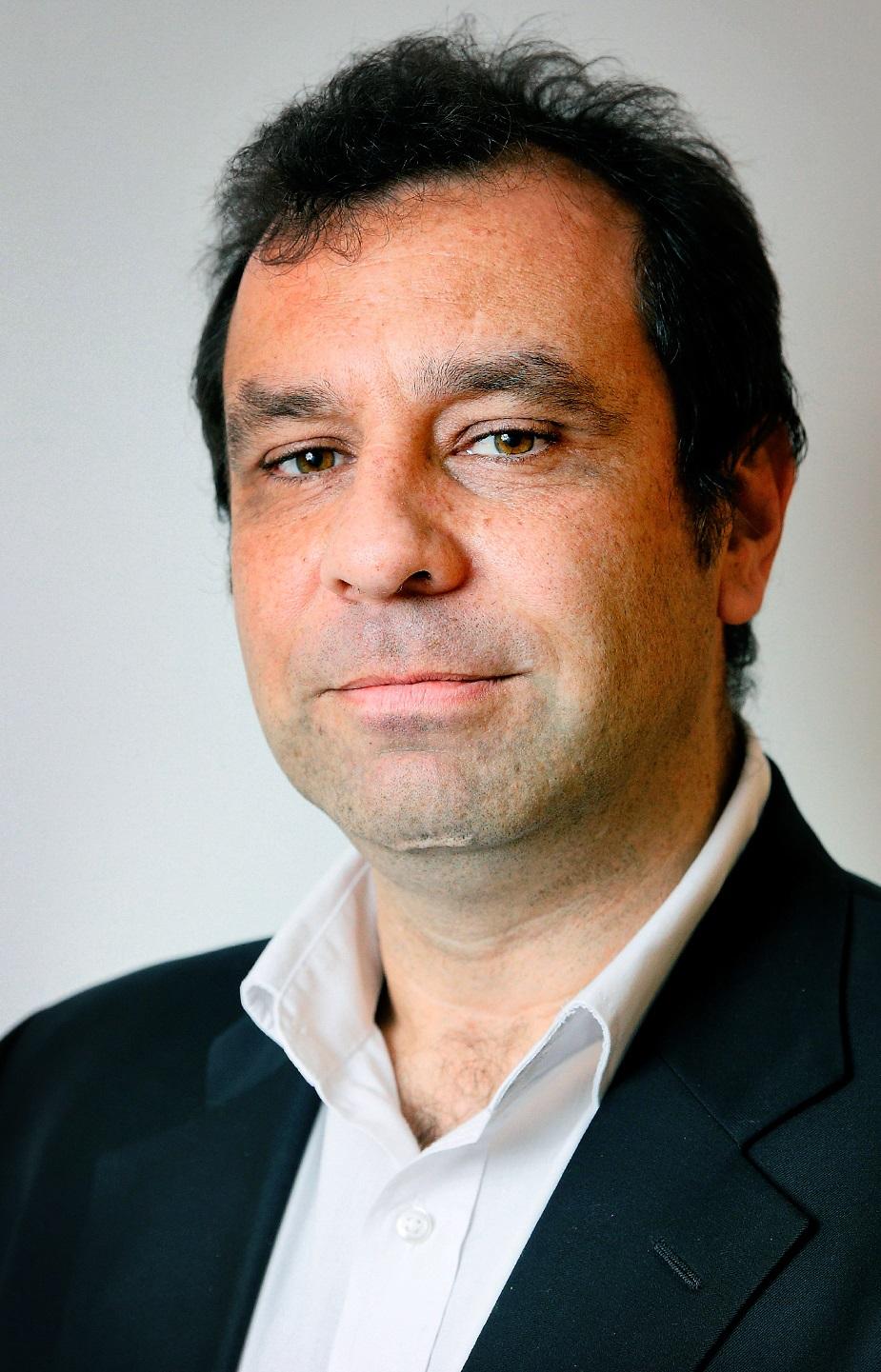 Simon P. Michaux